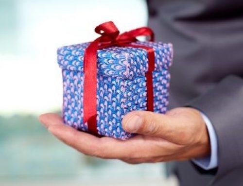 Cum să alegi un cadou business potrivit