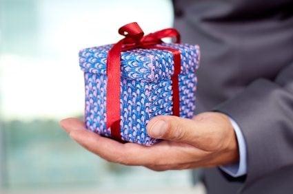 cum-sa-alegi-un-cadou-business